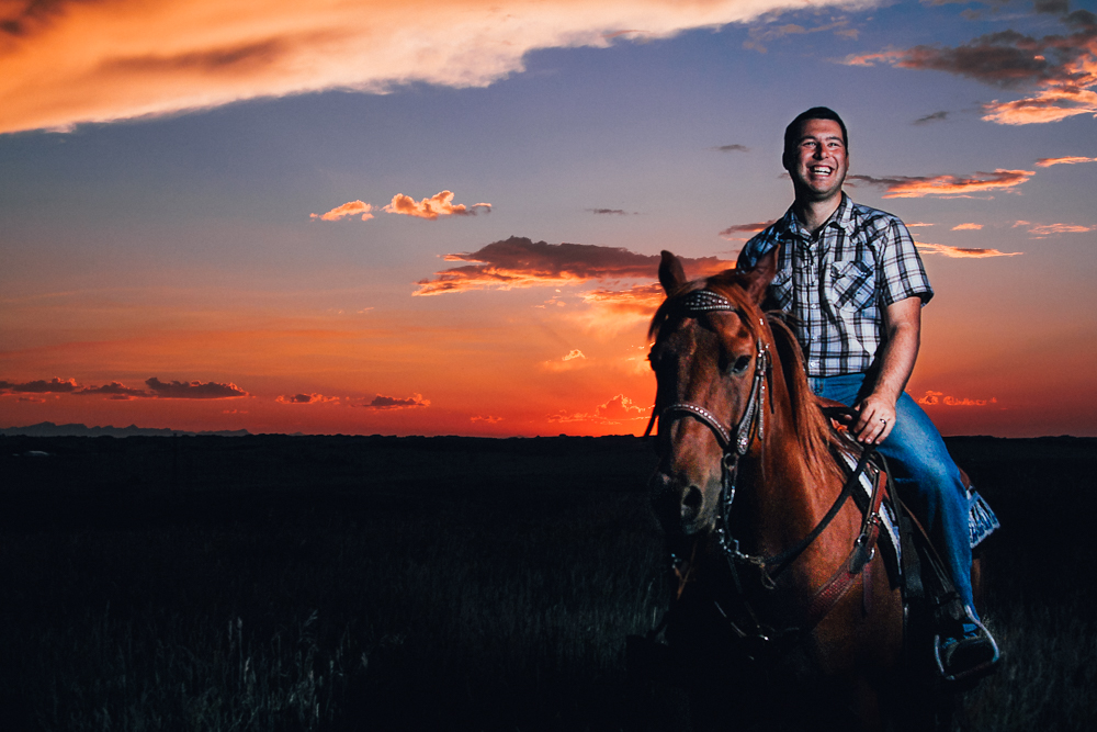 Airdrie Equestrian Materinity Photographer - Chelsea & Spencer - Cameron May Photography-11